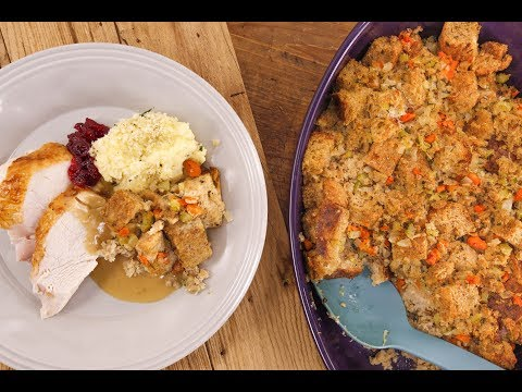 How To Fix Common Thanksgiving Problems (& Classic Thanksgiving Recipes)