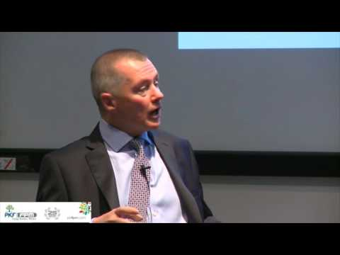 Willie Walsh - Leadership Versus Management - What's The Difference?