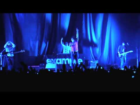 Example - Lily Allen 'It's Not You It's Me Tour' 2009 (Official Behind The Scenes)