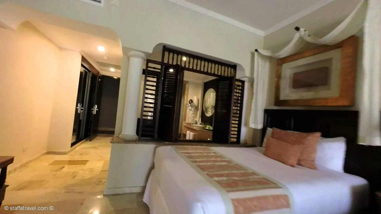 Royal Service Garden View Room Review Tour At