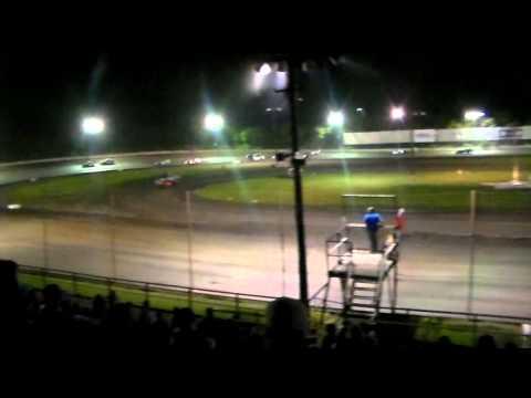 Battlegrounds 7/19/14 - Gulf Coast Modifieds Feature Race