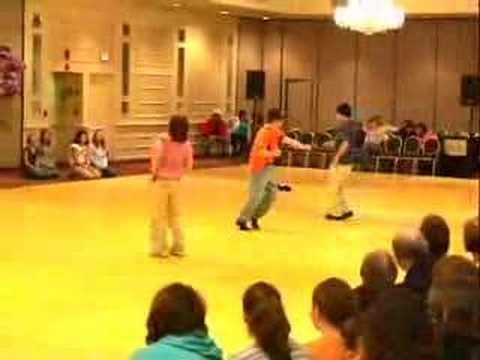 HOW TO DANCE GUYTON MUNDY'S LET'S GET IT STARTED: This is how to really enjoy dancing Guyton's Let's Get It Started! Filmed at the Boston Linedance Showdown 2005. (Video by Nigel Amon)