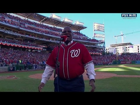 LAD@WSH Gm2: D.C. Washington sings at Nationals Park