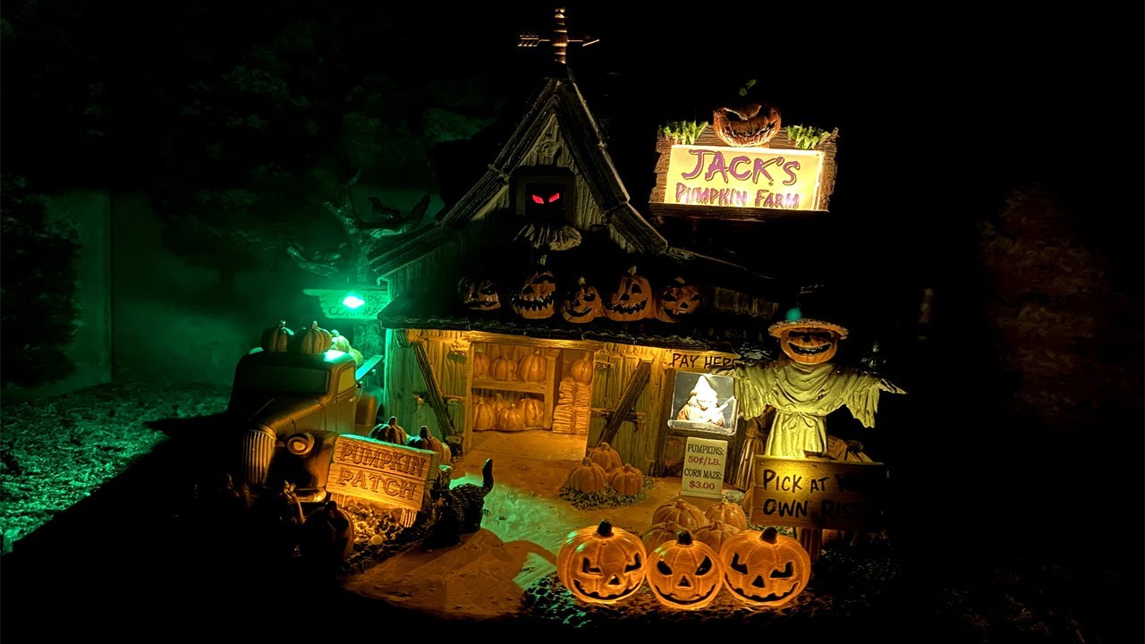 Jack S Pumpkin Farm New For 2020 Lemax Spooky Town Michaels Exclusive Youtube