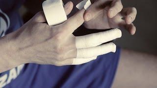 """Как тейпировать пальцы. Мастер-класс от игроков """"Зенит-Казань"""" / How to tape fingers for volleyball"""