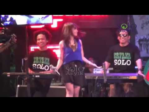 Bukan Yang Kupinta - OM ERVANA Dangdut Koplo Live THR Sriwedari Solo