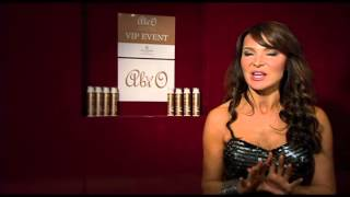 Lizzie Cundy talks tanning Thumbnail