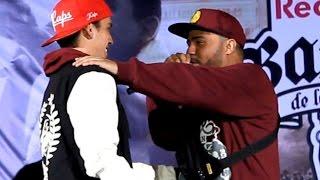 Repeat youtube video Klibre vs Django - Cuartos - Red Bull Batalla de los Gallos Perú 2016