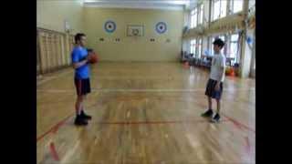 Видео-урок по баскетболу(Передача мяча в парах в движении с поворотом., 2013-11-18T08:36:45.000Z)