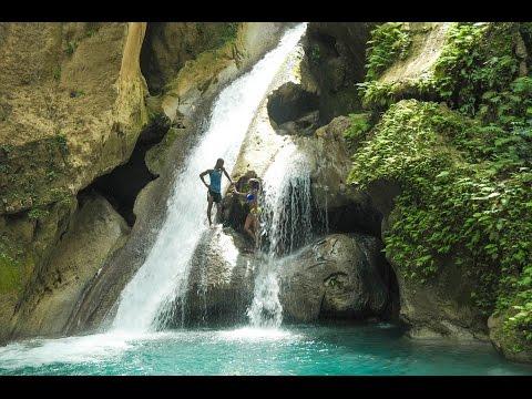 Cliff jumping Bassin Bleu in Jacmel Haiti (Go Pro)