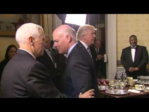 Body language of President Trump and James Comey