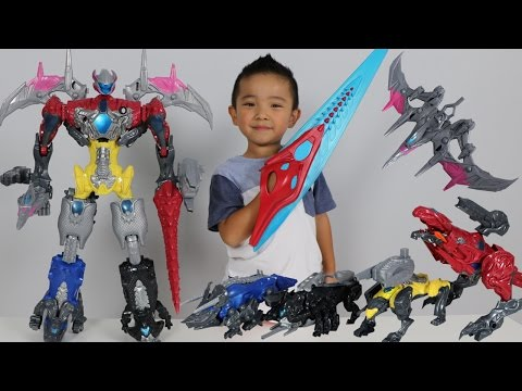 Thumbnail: Power Rangers Movie Megazord Surprise Toys Hunt Building The Five Battle Zords With Ckn Toys