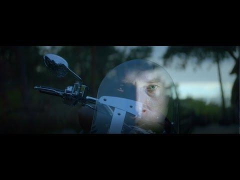 Johnny Hallyday - Pardonne-moi (Clip officiel)