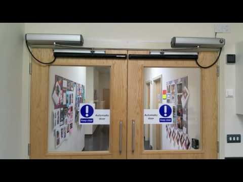 Stanley Automatic Door Opener 3 6 15 Doovi