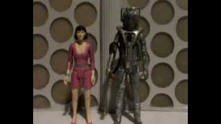 Doctor Who Action Figure Review: Peri and Rogue Cyberman from