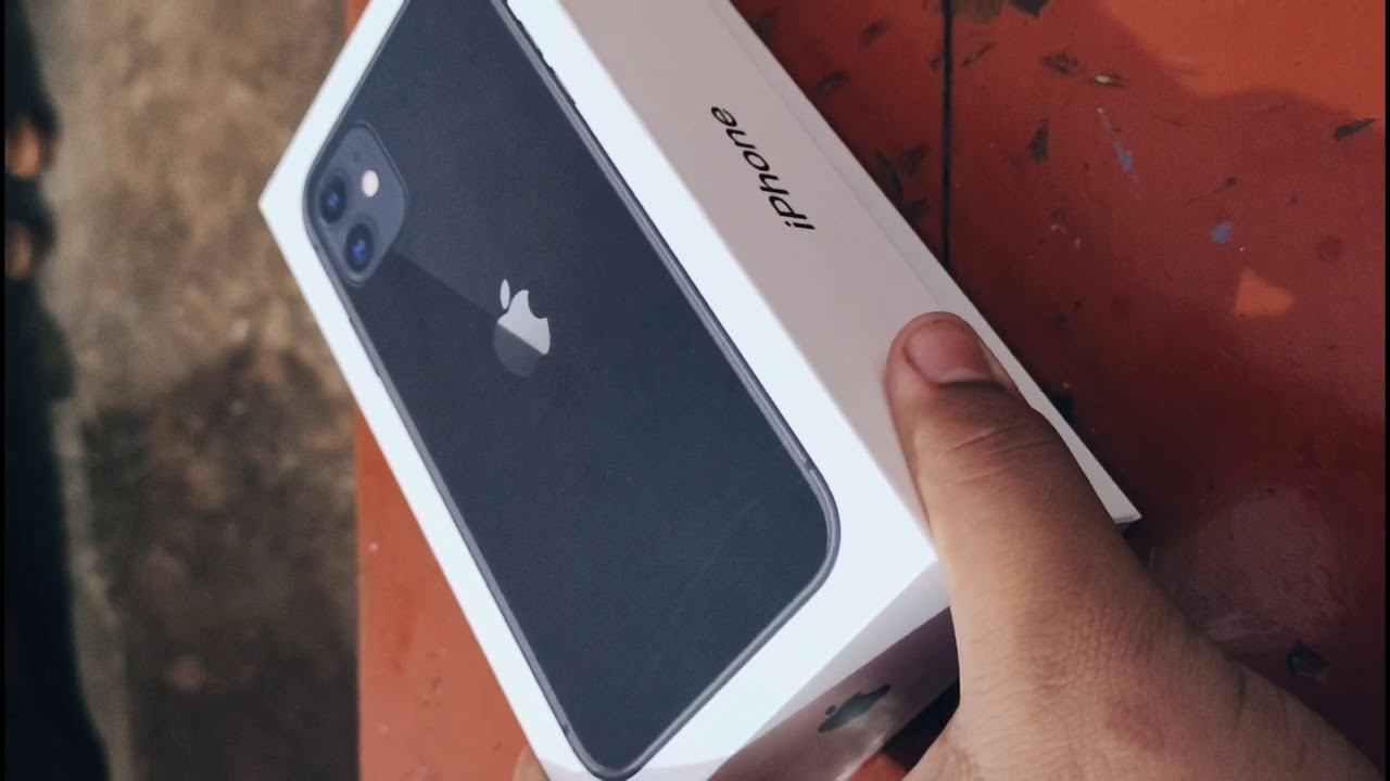 iPhone 11 unboxing in hindi    iphone 11 black unboxing ...