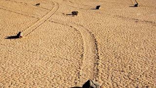 Калифорния, Долина движущихся камней, California, the Valley of moving stones(https://www.youtube.com/channel/UCfytlLEaGc6asjNwQIz5r-A Наш мир всегда завораживал человечество своей уникальностью и разнообрази..., 2015-10-12T18:21:11.000Z)