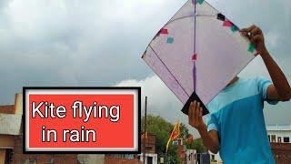 Kite flying in rain !! Waterproof Kite flying !!