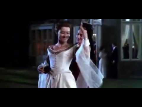Mrs Dalloway (1997) - kiss scene