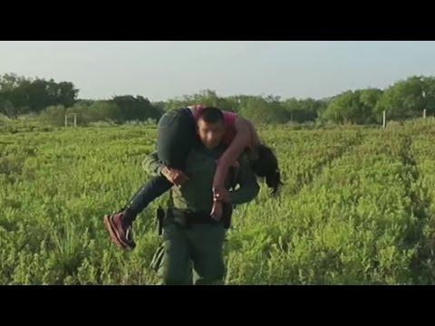 Rescatan en Texas a inmigrante hondureña tratando de cruzar la frontera