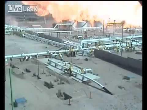 Massive explosion at oil refinery in Mexico