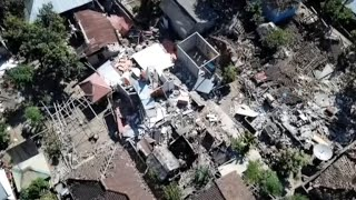 Man pulled alive from mosque destroyed by Indonesia earthquake