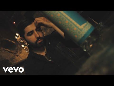 Смотреть клип Joss Favela - Tu Adiós Como Tequila