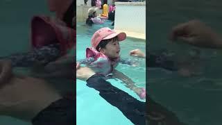 26개월 첫 수영장