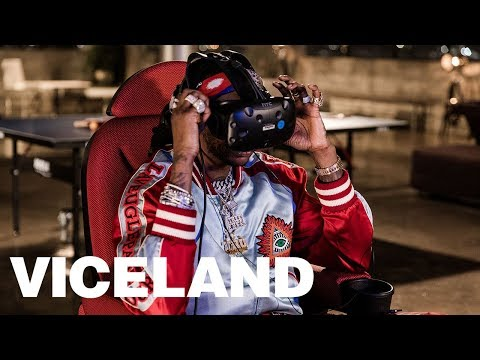 2 Chainz Tries Some Very Expensive Virtual Reality