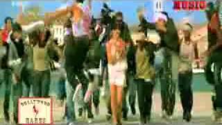 vuclip kareena kapoor boobs shake (braless)