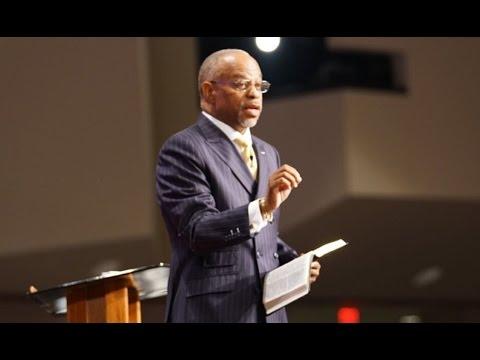 """A Description of a Divine Savior"" Pastor John K. Jenkins Sr. (Powerful Message)"