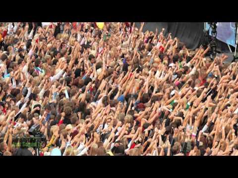 Crowd cheering Sound