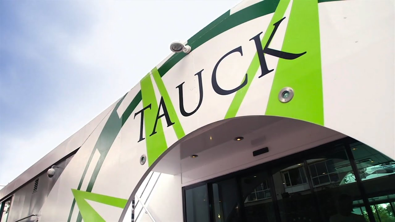 Tauck Guided Tours | How You See The World Matters