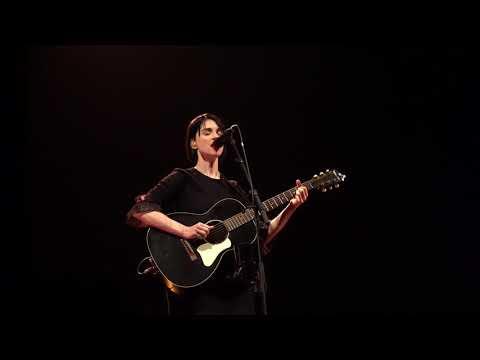 St Vincent Severed Crossed Fingers Acoustic  in Santa Fe 4K