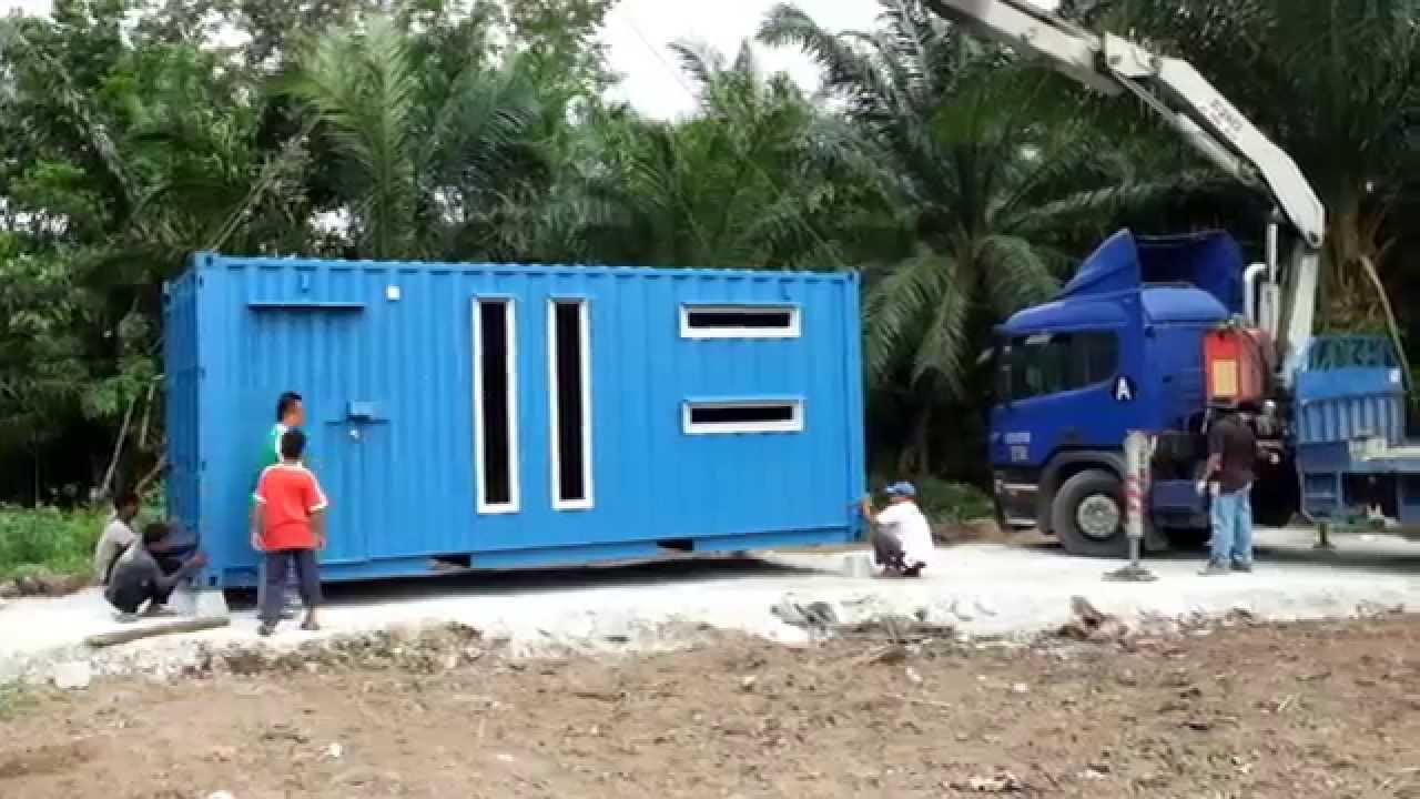 Rumah Kontena - Container House (Malaysia) Unloading Process - YouTube