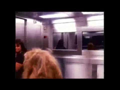 GHOST GIRL SCARY ELEVATOR PRANK IN BRAZIL!