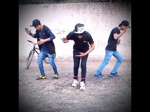 Bollywood Robotic Dance Performence || by Samrat Jackslee, Aryan Mahur and Bittu Rajput ||