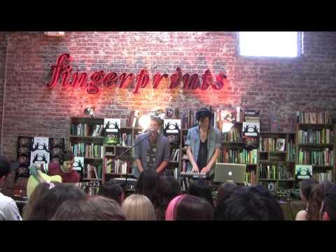 3OH!3 - Back To Life LIVE @ Fingerprints Music 06.18.13
