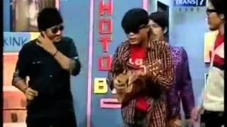 Video andre dan sule nyanyi lucu banget download MP3, 3GP, MP4, WEBM, AVI, FLV Maret 2017