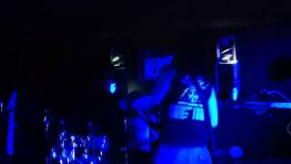 Vulgar Display Of Cover - Raining Blood + Walk - Vörös Yuk 2013.05.10 Thumbnail