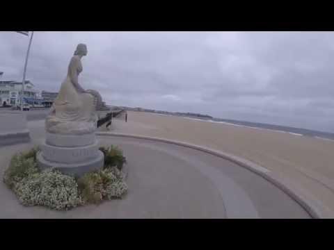 Atlantic Ocean Churning at Hampton Beach New Hampshire - Windy Fall Morning - Seacoast Nation NH
