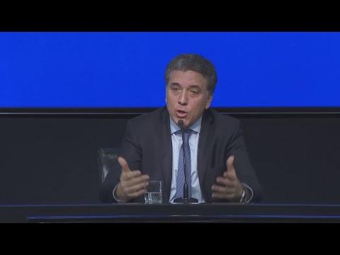 El ministro de Hacienda Nicolás Dujovne brindó una conferencia de prensa