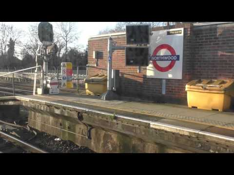 Full Journey On A Semi Fast Metropolitan Line From Watford To Aldgate