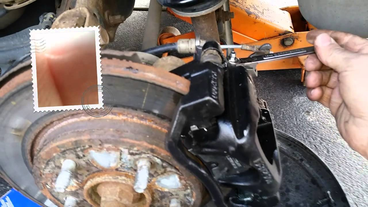 How To Bleed Your Brakes By Yourself >> How To Bleed Brakes By Yourself Youtube