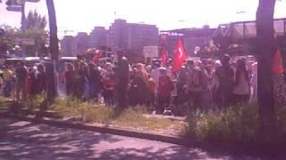 protesta e muslimanve ne HAMBURG GJERMANI per sulmin ndaj anijeve turke nga ushtria jehude.mp4