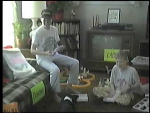 Boys Surprised with Super Nintendo Christmas 1991 - YouTube