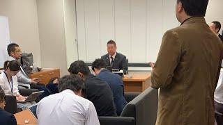 立花孝志の当選発表会場へ