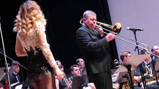 видео: Georgia On My Mind . Яна Ясакова & Павел Овчинников Jazz оркестр .22.11.2017.