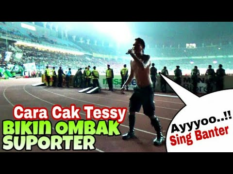 Mbengok o Sing Banter..!! Cara Dirijen Bonek Cak Tessy bikin Ombak Suporter - Persebaya vs PSM Mksar