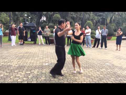 Rumba bài 1- CLB Khiêu vũ dưỡng sinh Nhịp sống vui